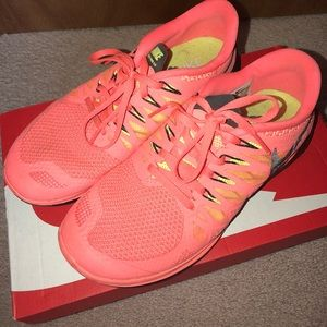 Nike Shoes - Like New Neon Nike Free's